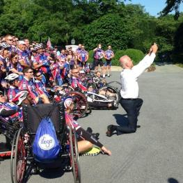 Scott Thuman @ABC7Scott Now THAT's a #selfie! @JoeBiden takes his own group photo w/ @Ride_2_Recovery. I ride-along tonight on @ABC7News